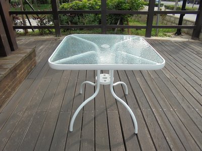 兄弟牌80cm白色鋁框鐵腳玻璃方桌~白...