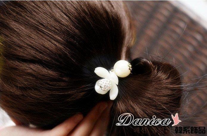 髮飾 現貨 韓國熱賣氣質甜美小香風花朵珍珠魔球水鑽髮束K7244 單個價 Danica 韓系飾品 韓國連線