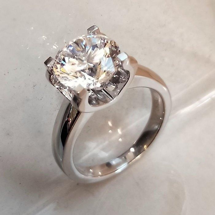 卡迪鑽戒2克拉特價新款圓夢鑽石百年經典卡家牛頭超美鉑金真鑽質感  肉眼看是真鑽不退色極光仿真鑽石  ZB鑽寶