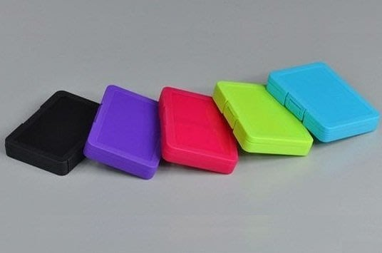 含稅 五彩 4入記憶卡收納盒 SD可放4片 五色一組 附二個 microSD 裸卡盤