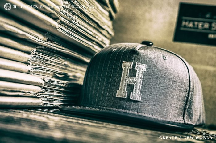 "[ RENEXO ] HATER ""H"" Leather Patch Stripe Snapback 皮革製標 棒球帽"