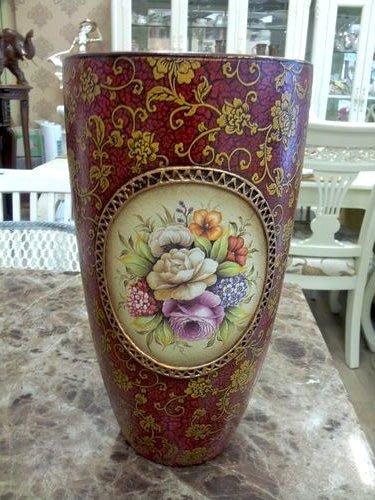 美生活館--- 全新 紅色 玫瑰花 裂紋漆 高溫陶 圓型 花瓶/花器