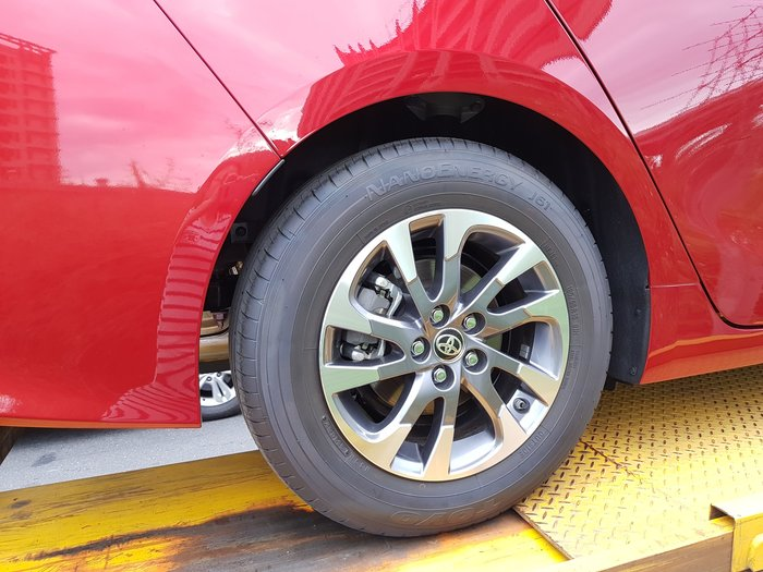 TOYOTA 電動車 Prius 油電混合 PHV 正廠鋁圈 195/65/15 日本胎 PHV正品