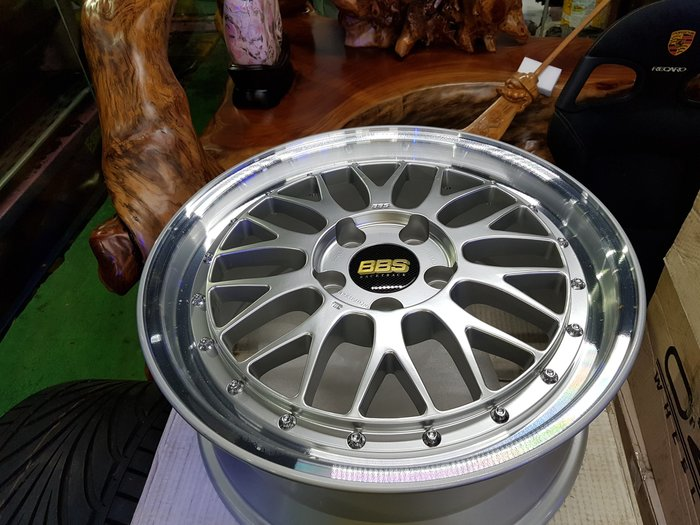 五股翔美 正 BBS 鋁圈 17吋 7.5J ET48 5X114.3 鍛造鋁圈 進口鋁圈 輪胎 煞車系統 避震器 保養