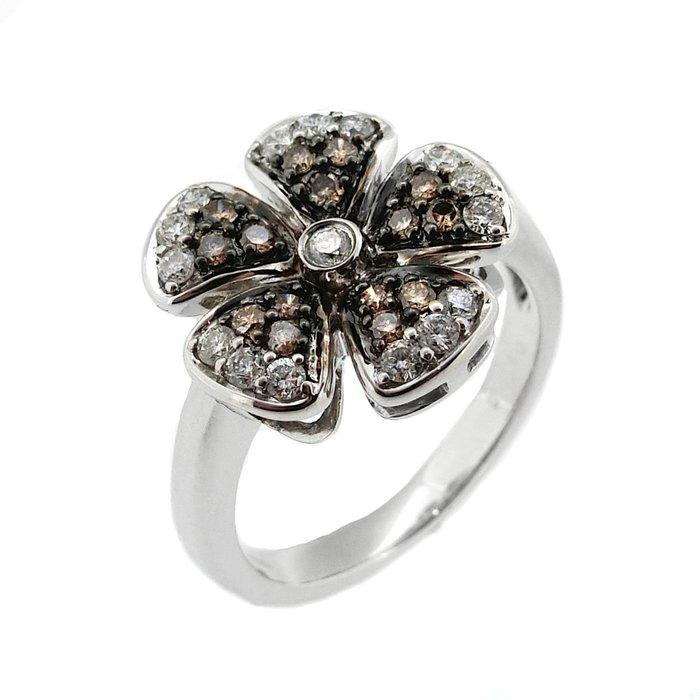 【JHT金宏總珠寶/GIA鑽石專賣】0.50ct天然鑽石造型戒指/材質:18K(JB43-A17)
