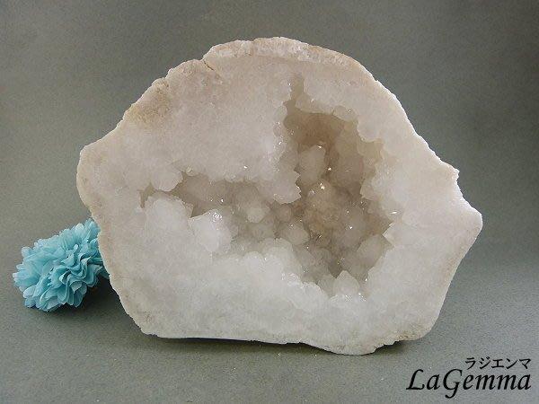 ☆寶峻晶石☆白水晶小晶洞 水晶之王 飾品淨化 辟邪平安 WQ-505/958g 非洲白晶洞