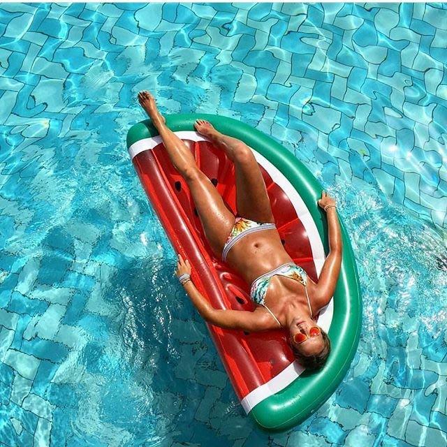 100%正品 sunnylife 澳洲 西瓜造型 半月 仰躺 充氣浮板 LUXE LIE-ON FLOAT  代購