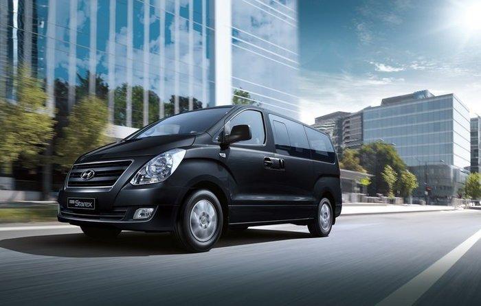 高雄義達租車Starex現代9人座(禮車、代客駕駛、長、短租、機場接送)歡迎來電洽詢唷