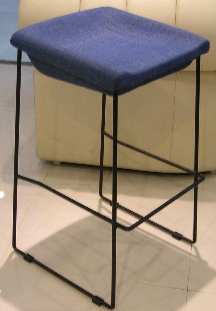 【傢俱設計訂製】工業風.LOFT復古風.仿舊風.北歐風吧台椅.高腳椅.中島椅.主播椅. DF-01
