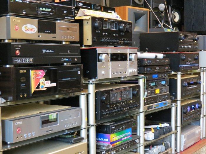 出清大拍賣音圓金嗓展示機美華展示機點將家音霸伴唱機無線麥克風各類喇叭限量超低價便宜賣請把握機會難得售完為止動作慢就沒了!