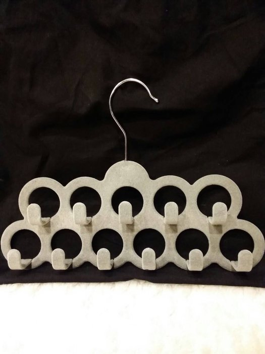 帶回 皮帶 圍巾 絲巾 項鍊 手環 領帶 收納衣架 省空間 不糾纏 植絨不刮傷 11個掛鉤