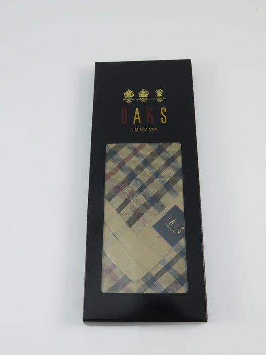【iSport代購】日本代購台灣現貨 DAKS 英國專櫃品牌 日本製100%綿 盒裝經典紳士領巾手帕禮品 105054-