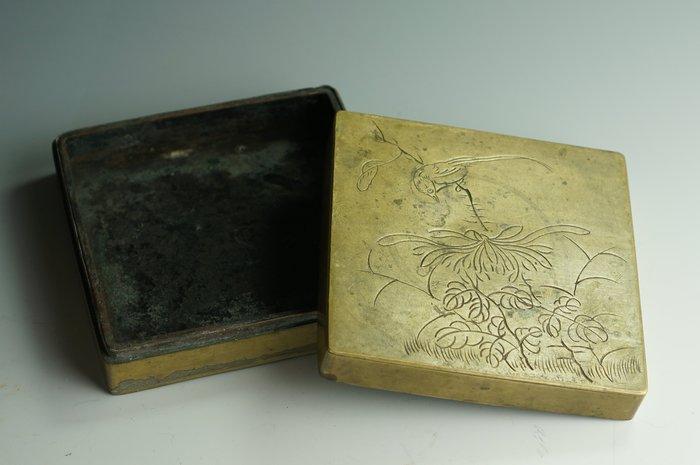 【 和光同塵 】銅刻花鳥 老墨盒 文房器