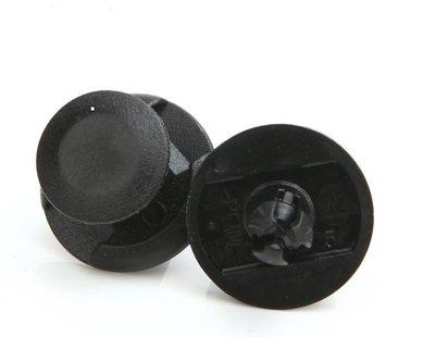 SWIFT  保桿內規板鈕扣   保桿扣  塑膠件扣 用於保桿內規  還有輪弧周邊的  檔泥板 塑膠件 鈕扣 單顆12元