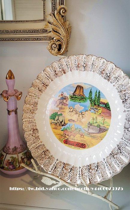 妍媽咪ㄉ西洋古董~ 美國 南達科他州 黑山1950  紀念瓷盤~ Vintage 復古 珠寶