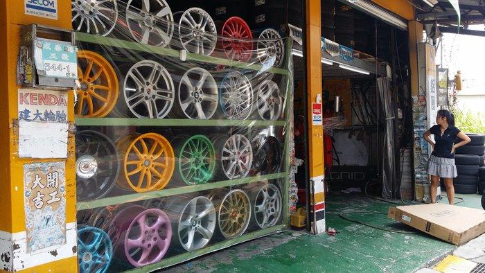205/50/16 台灣新胎(買一送一) 也有205/55/16 特價 215/55/16 日本安靜胎 16吋輪胎