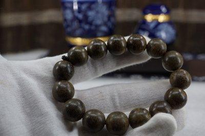 【壽馨堂】印尼巴布亞礦化千年水沉浮珠14mm~4A級15顆~如木化石般的硬度才會永遠香而且越來越香.