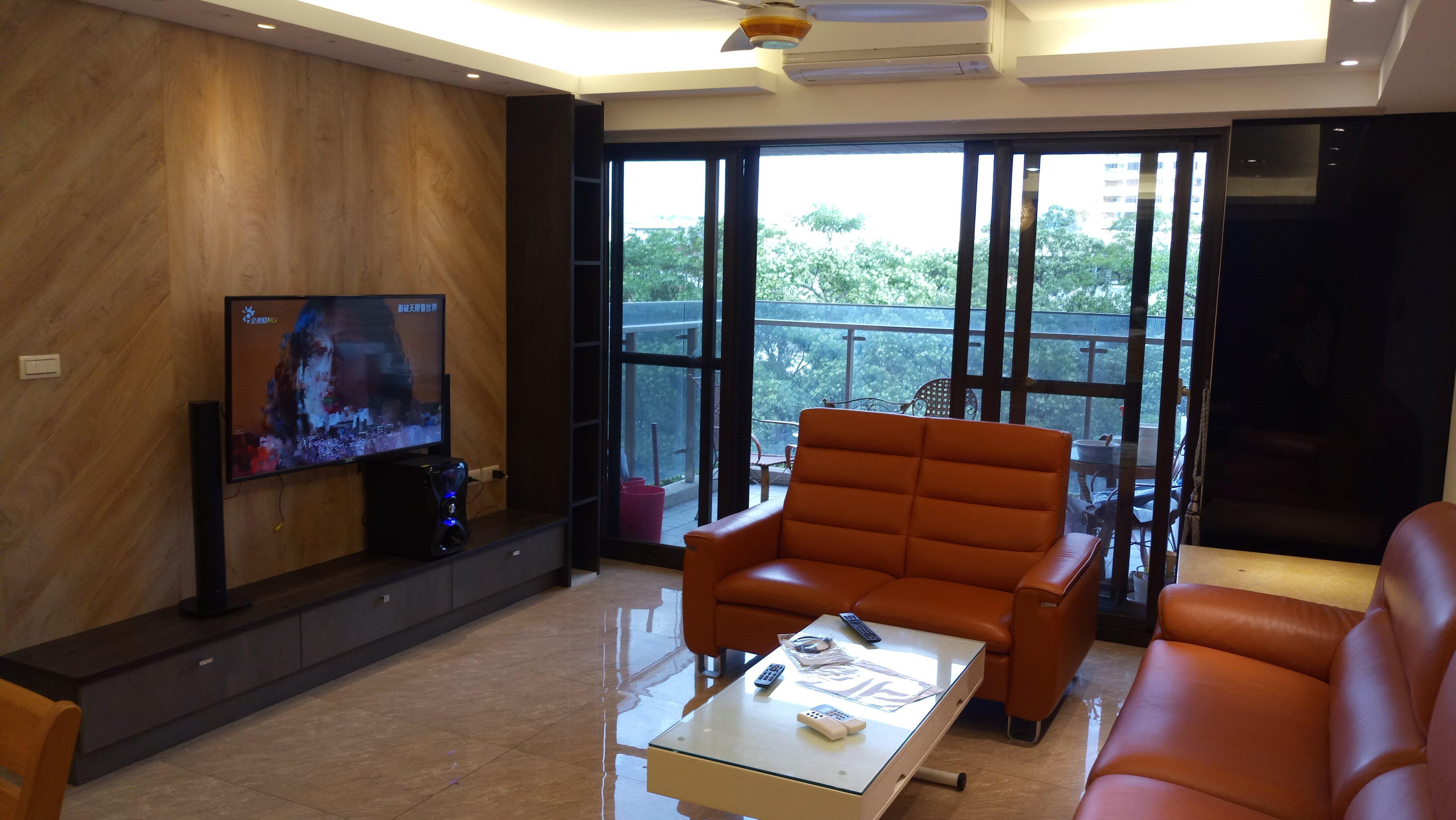 台中【寬心居系統傢俱】電視牆+電視櫃+書櫃