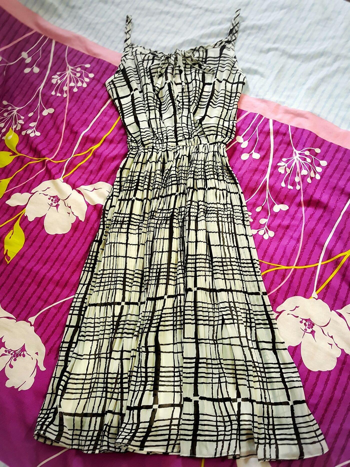NET 4號 黑白色格子雪紡紗 度假風 細肩帶 胸前綁帶長洋裝 細百褶長裙 裙子有內裡