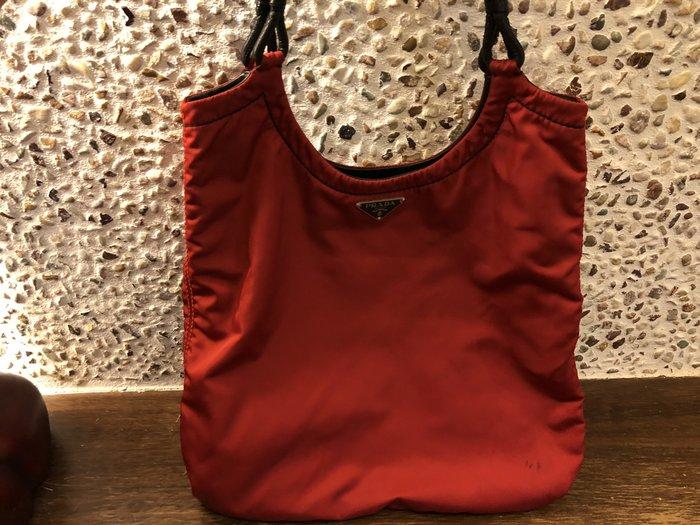 Prada紅色手提包(晚宴包)