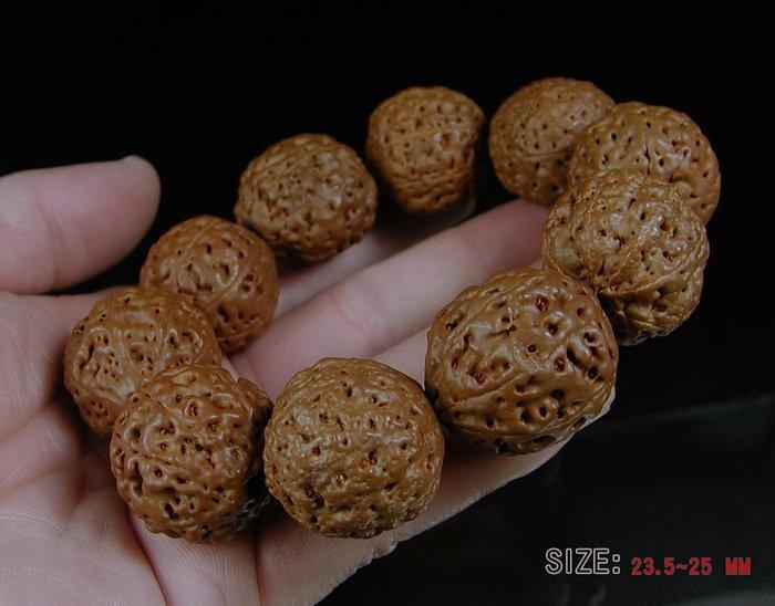 藏珠物流中心 *尼泊爾**八瓣金剛菩提子/手串/手鍊**23.5~25mm**D582