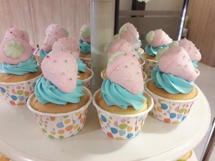 娃娃烘焙小屋(草莓棉花糖)杯子蛋糕