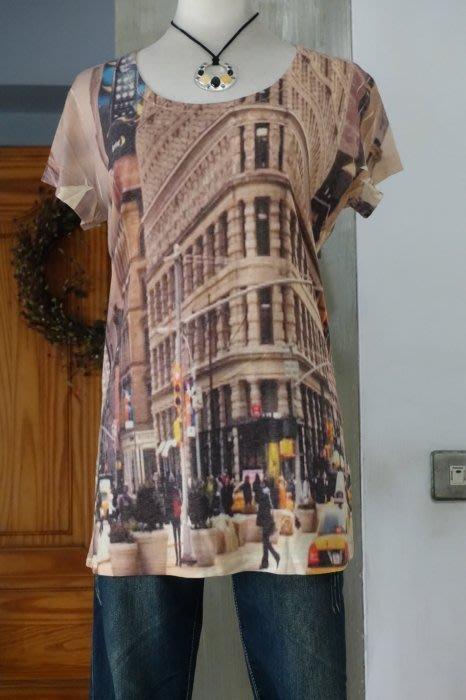 [C.M.平價精品館]現貨/原價2980元設計師MING PIN精品女裝歐風油畫圖漂亮圓領短袖彈性T恤