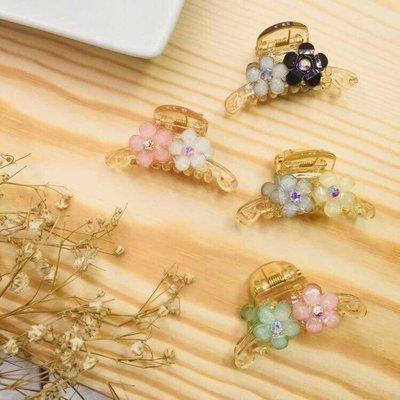 現貨 供應 茉莉 正韓 質感 髮飾 韓國 飾品 四色 琉璃感 花朵 透明 抓夾