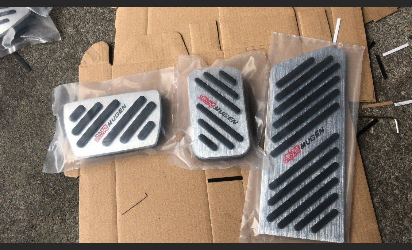 HONDA 本田 CRV5 【三件式/多色/現貨】油門踏板 煞車踏板 休息踏板 CR-V 五代 5代 鋁合金踏板 免鑽孔