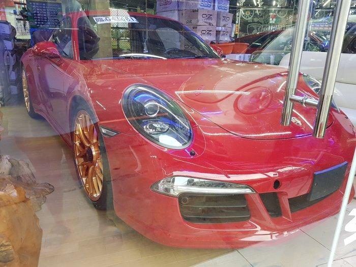 PORSCHE 991 GTS (六活塞 + 四活塞)  911GTS 前六後四 911正廠碟盤 GTS煞車皮 911R