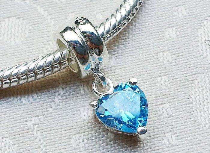 嗨,寶貝手創飾品工作室~ 925純銀飾~大孔串手鍊吊墜 ~士華洛世奇心形藍色水晶垂墜純銀墜