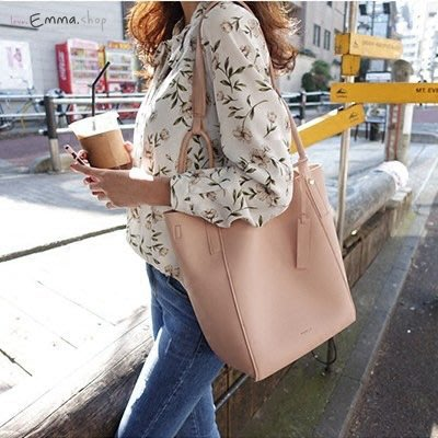 EmmaShop艾購物-正韓國連線秀智風格-簡約皮革大容量托特包/類真皮水桶後背包包