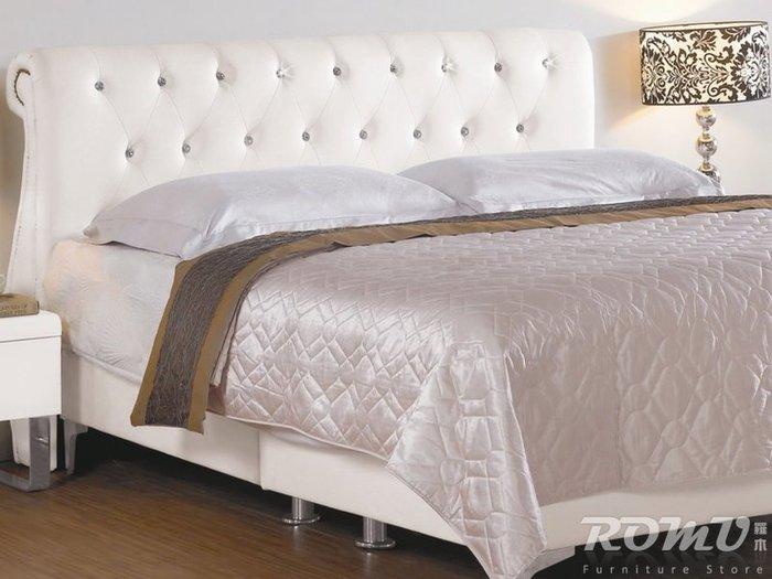 【DH】商品編號G676-4商品名稱凱斯5尺雙人白色皮革床架。備有6尺另計。時尚簡約精品。主要地區免運費