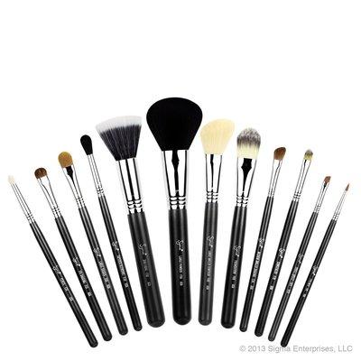 【愛來客】☆美國Sigma官方授權經銷商☆ESSENTIAL KIT-MAKE ME CLASSY 12支化妝刷+刷筒