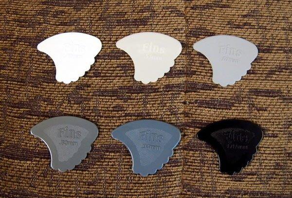 ☆ 唐尼樂器︵☆ DUNLOP Nylon Fins 鯊魚鰭款古典吉他/木吉他/民謠吉他/電吉他用 PICK 彈片