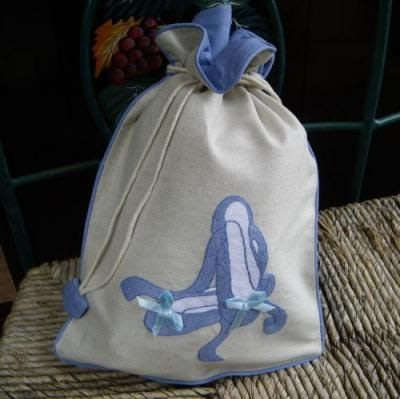 芭蕾小棧生日畢業表演禮物日本進口製造Zenma棉麻粉藍邊舞衣舞鞋中型束口袋