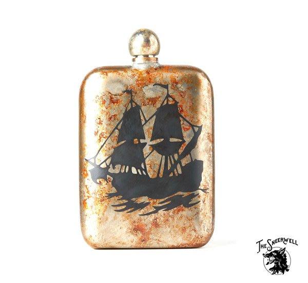 GOODFORIT / 美國The Sneerwell Frigate古戰艦黑蝕刻古綠鏽手工酒壺