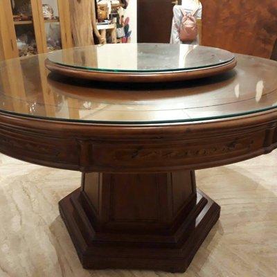 【DH】商品貨號1商品名稱《大華》樟木實木4.3尺圓桌(圖一)含轉盤..附8mm強化玻璃.台灣製.有現貨.主要地區免運費