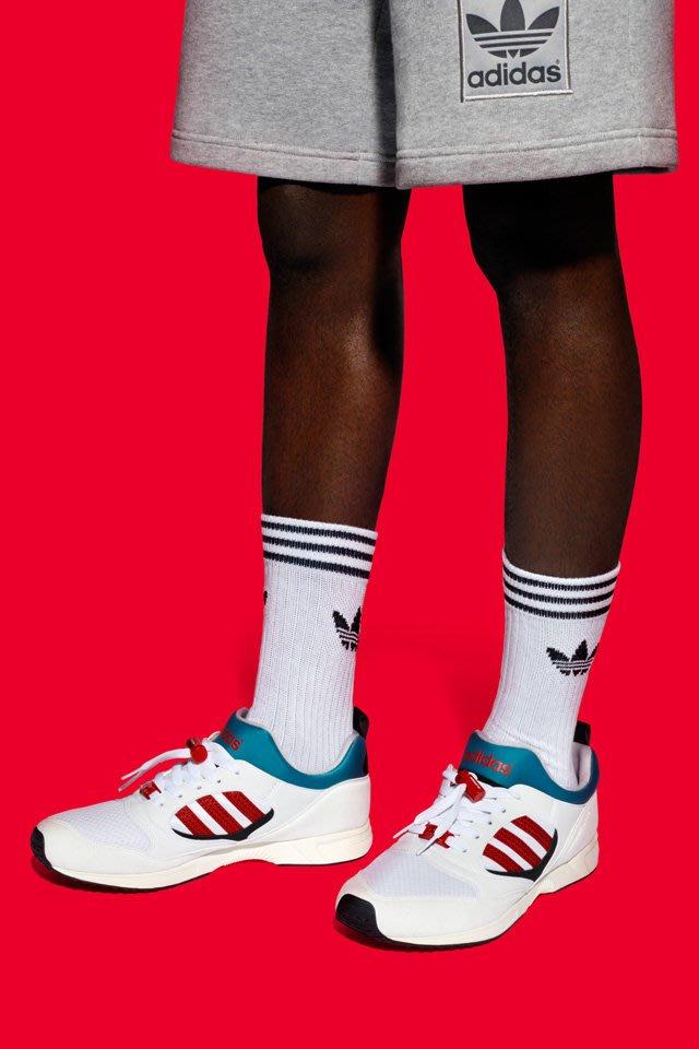 essential adidas originals 爱迪达 三叶草 复古 长筒 中筒 袜子 黑 白 运动拖鞋穿搭 三入装