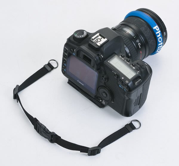 呈現攝影-MATIN 減重相機背帶 弧型+快拆扣 寬43mm 黑無字 手拿 舒適 減重 防滑 相機 都可用※