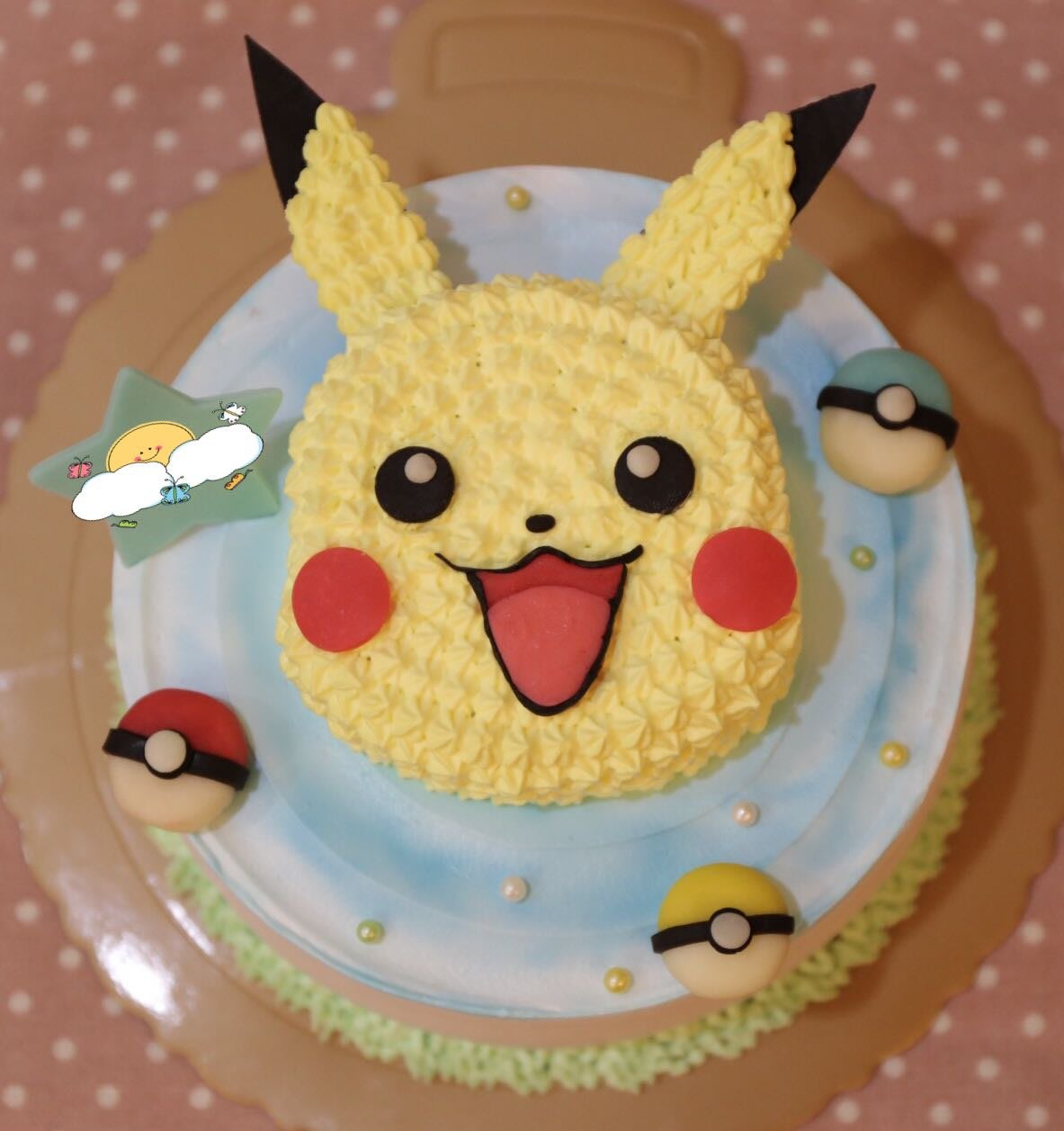 *CC手工蛋糕*- 十萬伏特皮卡丘 6吋 造型蛋糕 生日蛋糕 (板橋中和,中和環球購物中心旁)