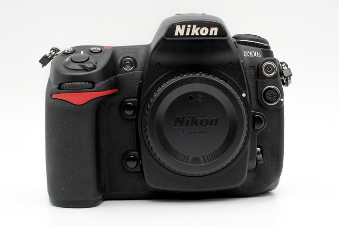 【台中青蘋果】Nikon D300S 單機身 二手 APS-C 單眼相機 快門次數約45245 #26476