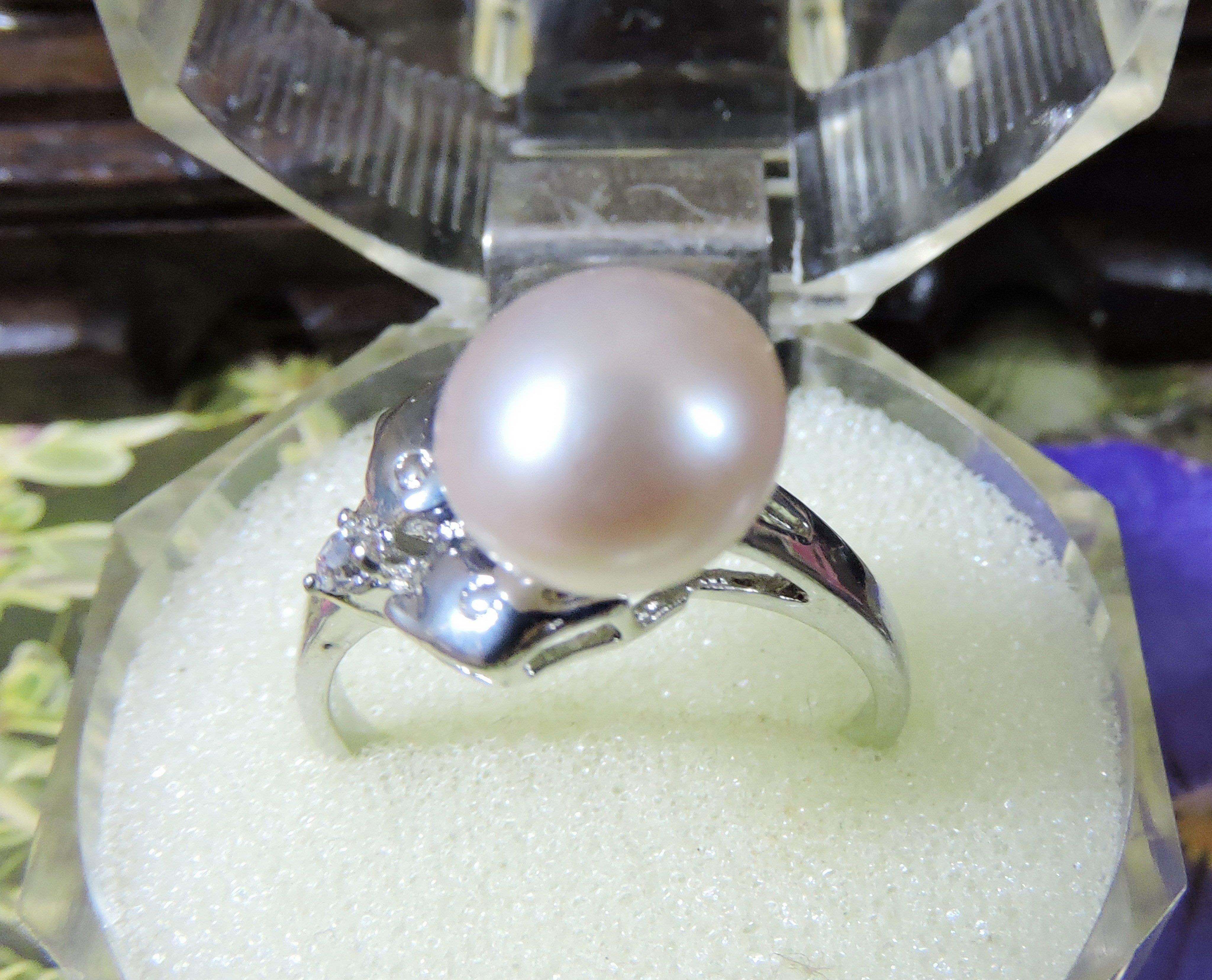 【玉靈石】保真天然珍珠(珠徑10MM)合金鑲鑽戒指(戒內徑17.5MM)附收藏盒/非/一元起標無底價//--M230