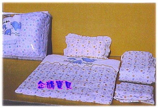 ~企鵝寶貝二館~ 小海豚四件式床組. 各種搖籃.迷你小床 ~ ~