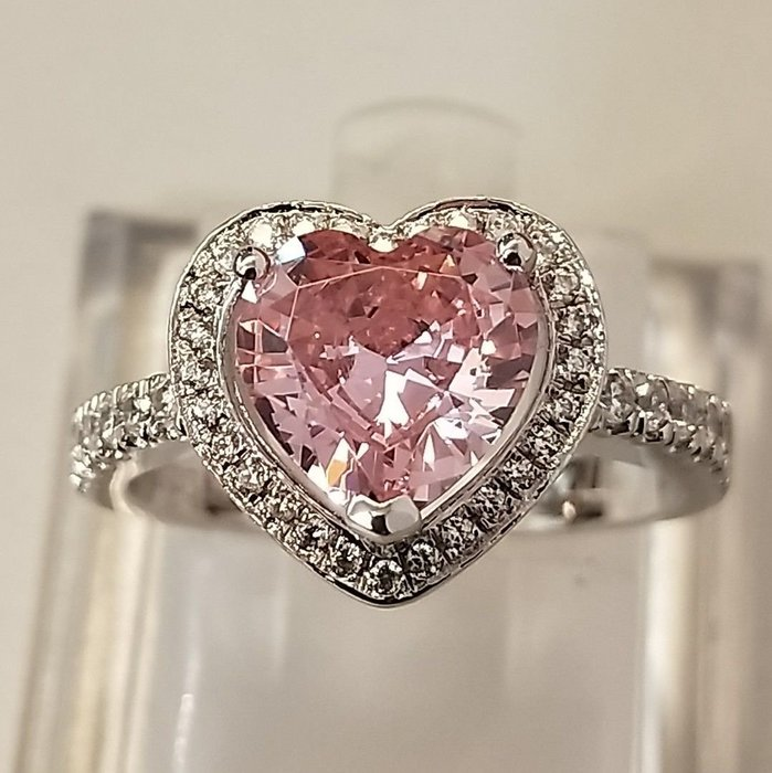 粉色鑽石純銀飾品戒指 加工定制K金鉑金莫桑鉆 歐美版2克拉心型仿真 鑽石T款肉眼看是真鑽鉑金 高碳仿真鑽石  ZB鑽寶