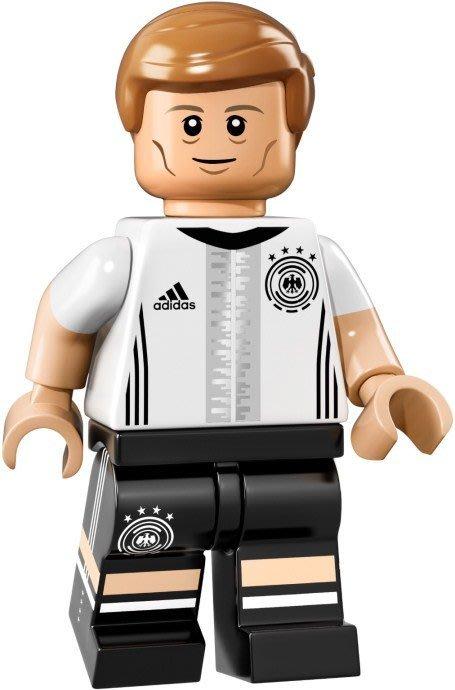 【LEGO 樂高】益智玩具 積木/ DFB 德國足球隊 人偶系列 71014 | 單一人偶: Kroos 背號:18號