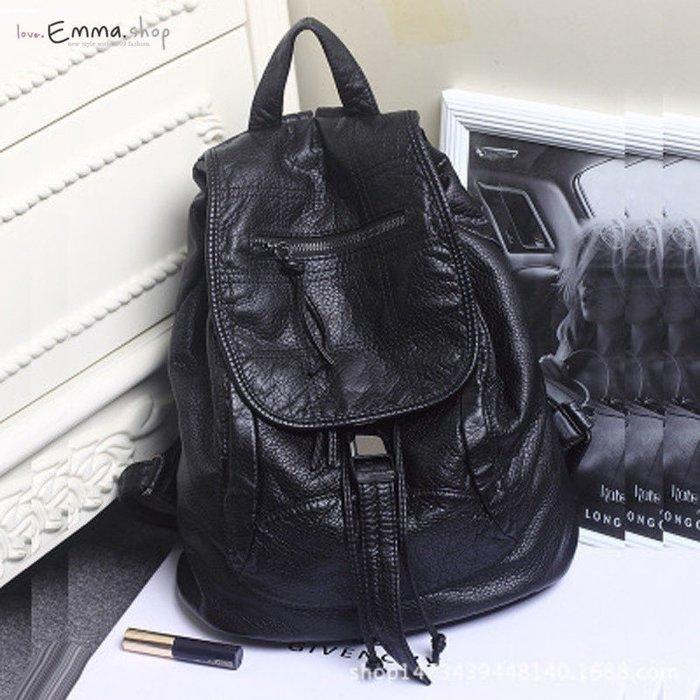 EmmaShop艾購物-正韓軟軟皮革雙肩後背包/韓妞必備款/非日本製草編包鏤空托特包尼龍媽媽包可搭洋裝涼鞋黑色