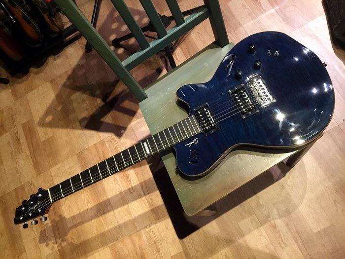 ☆ 收藏出讓︵☆ Godin LGXT Flame Maple Top Midi Piezo Acoustic 電吉他
