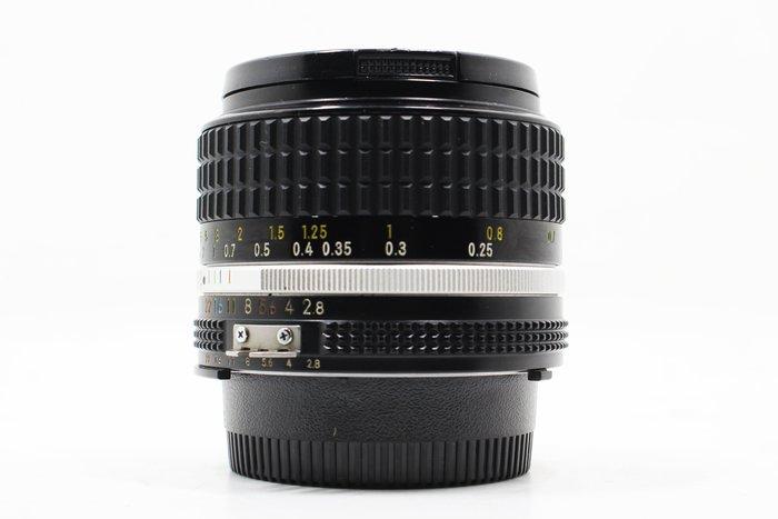 【高雄青蘋果】Nikon Ais 28mm f2.8 定焦鏡 手動鏡 廣角鏡 二手鏡頭 #14696