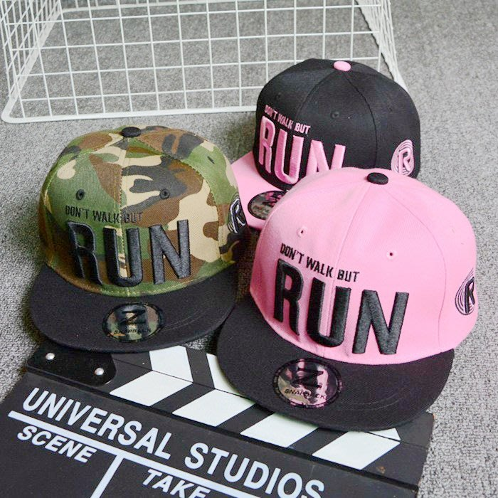 【繽紛色彩】Running Man 迷彩 帽子 造型帽 鴨舌帽 棒球帽 嘻哈帽 平沿帽 迷彩帽 男帽 女帽 女生 男生